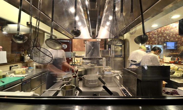 Al mercato burger bar milano recensioni ristoranti via for Mercato domenica milano