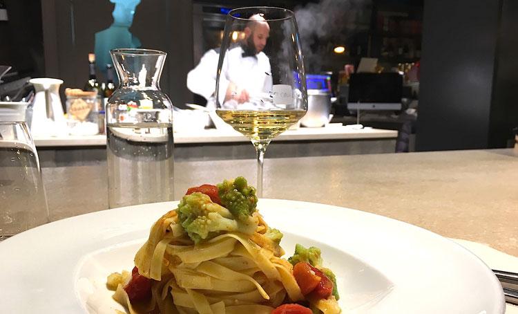 Cagliari recensioni ristoranti via dei gourmet - Cucina eat cagliari ...