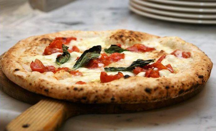 Pizzeria La Notizia Napoli