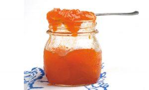 Confettura di albicocche: la ricetta perfetta per la colazione