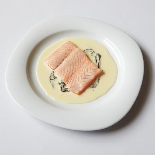 escalope de saumon à l'oseille nouvelle cuisine