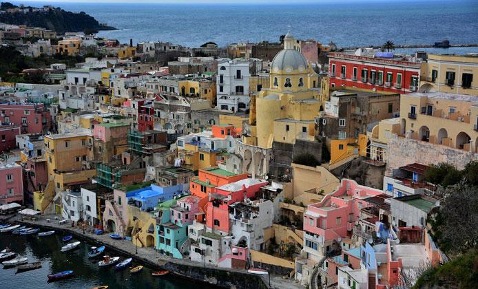 Golfo di Napoli: un itinerario fra natura, mare e gastronomia