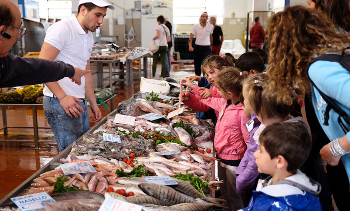8 falsi miti sul pesce svelati da Slow Fish 2017