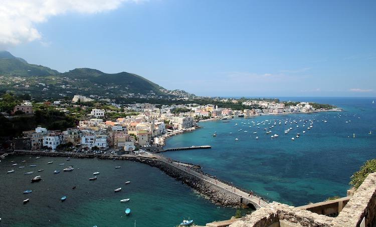 cosa vedere nell'arcipelago campano a Procida, Capri e Ischia